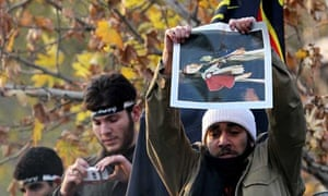 Protesters storm British embassy in Tehran
