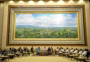 Hillary Clinton in Burma: Burmese parliament