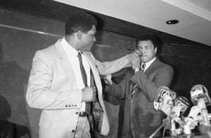 Drama in Bahama: Trevor Berbick and Muhammad Ali at a press conference