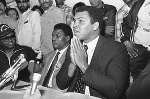 Drama in Bahama: Muhammad Ali at a press conference