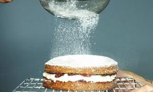 Sieving sugar