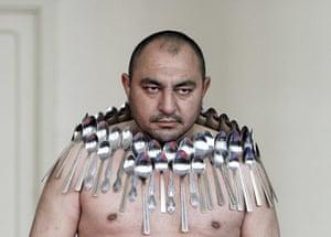 24 hours in pictures: Georgian spoon record breaker Etibar Elchiyev