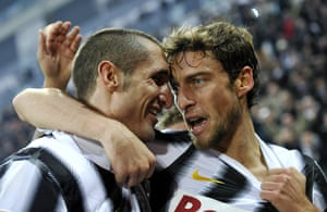 Man Utd targets: Juventus' Marchisio celebrates with teamate Giorgio Chiellini after scoring