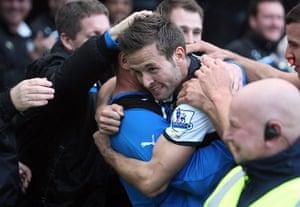 Man Utd targets: Yohan Cabaye of Newcastle United celebrates after scoring against Wigan