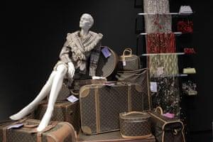 Elizabeth Taylor auction: Clothing, luggage, scarfs and handbags at Elizabeth Taylor auction