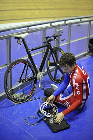 Team Pursuit Boot Camp: Track cycling team member Steven Burke changing his own chainring