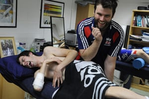 Team Pursuit Boot Camp: Andy Tennant screams out in agony as he undegoes some physio