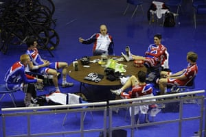 Team Pursuit Boot Camp: Dave Brailsford talks to the track cycling team pursuit training