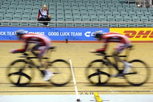 Team Pursuit Boot Camp: Performance director Dave Brailsford watches training