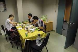 Team Pursuit Boot Camp: Track cycling team eat lunch at the pursuit training camp