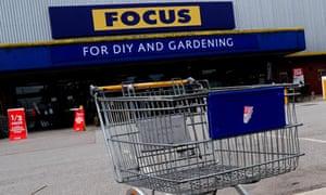 Focus stores to close