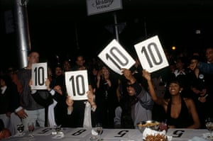 Voguing gallery: Voguing - judges all give a score of 10