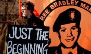 A supporter of Wikileaks suspect Bradley Manning outside Forte Meade
