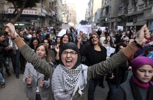 women protest in cairo: Women chant anti-military slogans on the sreet in Cairo