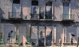 Tribute to street artist Banksy in Buenos Aires