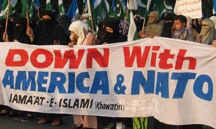 Pakistani women protest in Karachi against the Nato attack