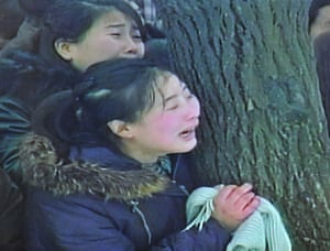 Kim Jong-il funeral: North Korean's mourn during the funeral procession