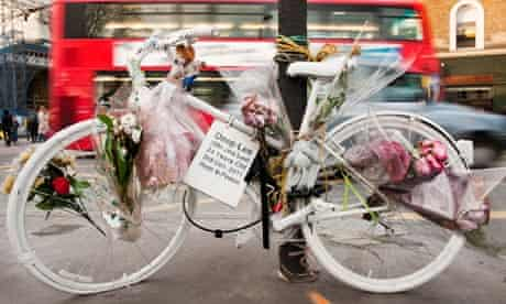 A memorial to Deep Lee, a female cyclist killed in an accident by King's Cross station
