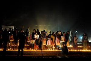 24 hours in pictures: Islamabad, Pakistan: The anniversary of the death of Benazir Bhutto