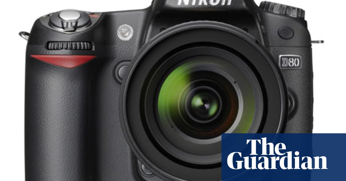 Camera theft victims given lifeline by website that tracks down