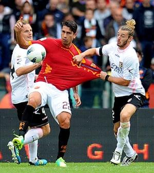 football: AS Roma vs US Palermo