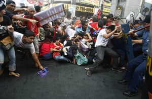 Occupy Mendiola: Riot police use water cannon and sticks to disperse surging protesters