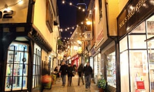 Christmas shopping in Norwich Lanes