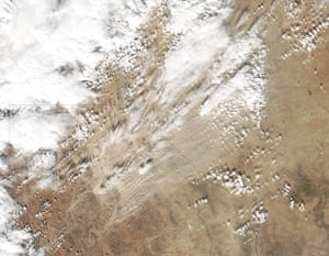 Satellite Eye on Earth: a dust storm blew from northern Mexico