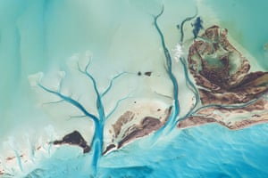 Satellite Eye on Earth: The islands of the Bahamas