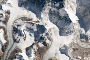 Satellite Eye on Earth:  the northern approach to Mount Everest from Tibet