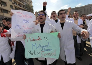 Egypt day 17: Local doctors and nurses chant anti-government slogans in Tahrir Square