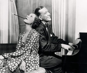 10 best: Love stories: Gertrude Lawrence and Noel Coward in <Private Lives>