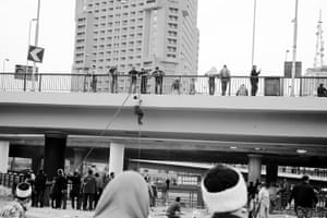 Hossam el-Hamalawy: Capturing the 6th of October Bridge