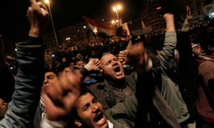 Crowds rally in Tahrir Square as Mubarak addresses Egypt