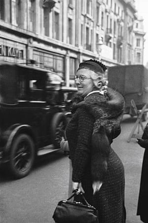 E.O. Hoppé: Regent Street, London, 1934