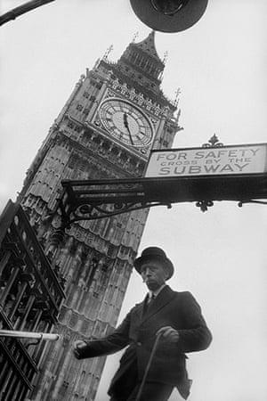 E.O. Hoppé: Westminster Underground Station, London, 1937