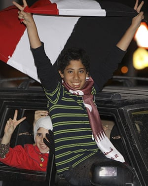 Cairo celebrates : Egyptians celebrate the removal of Mubarak from power