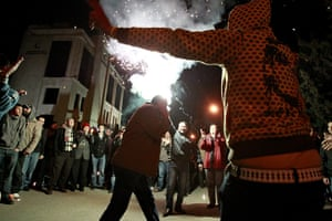 Egypt reaction: Protesters celebrate in front of the Egyptian embassy in Amman