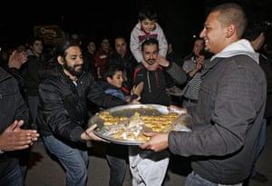 Egypt reaction: Jordanians celebrate Mubarak resignation