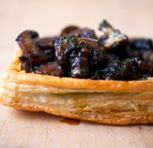 Mushrooms in pastry.
