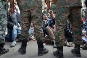 Egypt aftermath: Egyptians stage a sit-in after the army  remove encampmennts