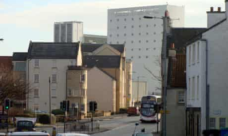 Planners hope the A901 can evolve into a 'great city street' as it passes through Leith, Newhaven and Granton | pic: Michael MacLeod, guardian.co.uk
