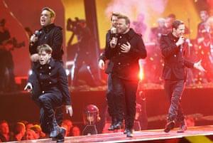 2011 Brit awards arrivals: 2011 Brit awards red carpet