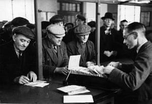 Wigan 1939: Labour Exchange