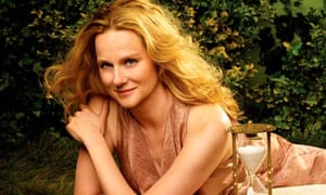 Laura Linney stars in The Big C
