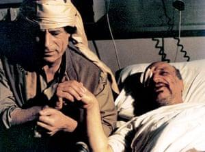 Muammar Gaddafi : 1992: Gaddafi visits Yasser Arafat in hospital