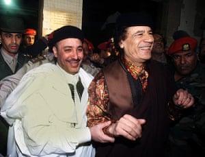 Muammar Gaddafi : February 2001: Muammar Gaddafi with Lamen Khalifa Fhimah