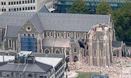 Earthquake topples Christchurch Cathedral's spire