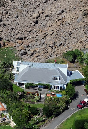 Christchurch earthquake: Luxury homes stand on the edge of a landslide in Redcliffs