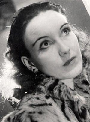 10 best: classics: Barbara Comyns